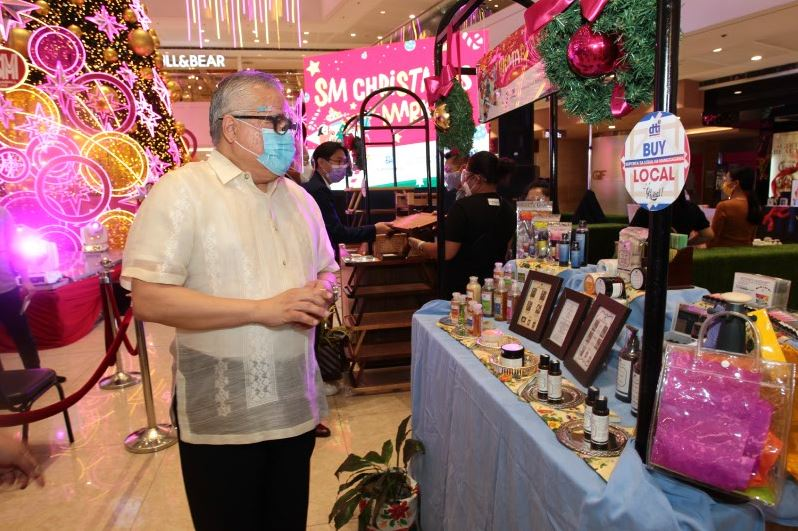 DTI and SM urge Filipinos to Buy Local, Support Local thisChristmas